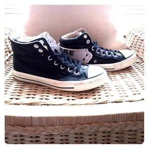 Leather Converse All Stars size 5.5